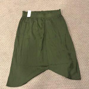 NWT Loft olive green skirt!